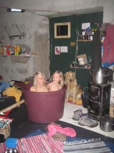 wohnen schlafen waschen kochen lieben streiten lesen